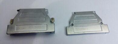 Kovový kryt DG37MS se šroubovým zajištěním pro konektory D-Sub nebo HD(7086001132)